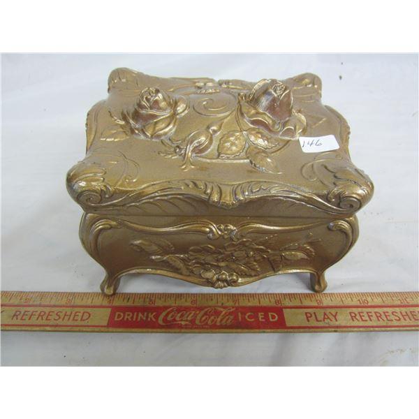 ANTIQUE GOLD COLORED JEWLERY BOX METAL