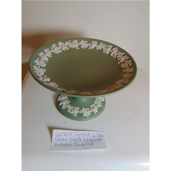 """6"""" DIAMETER WEDGEWOOD GREEN AND WHITE PREDESTAL CANDY DISH"""