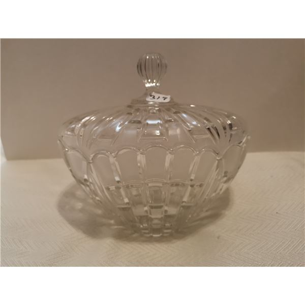 """Crystal bowl with lid 5"""" X 8"""" X 7"""""""