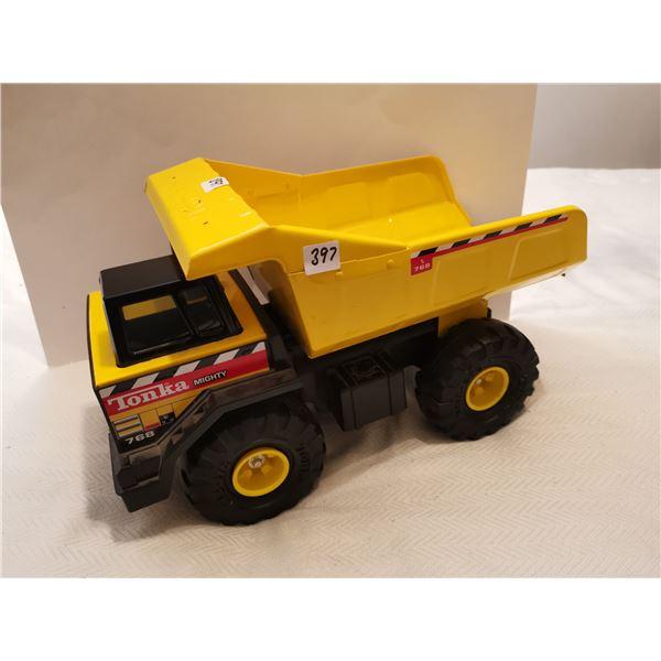 "Large Tonka dump truck 16"" great shape"