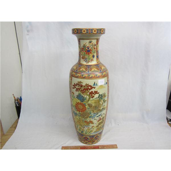 Large 24 inch high Oriental Vase no damage