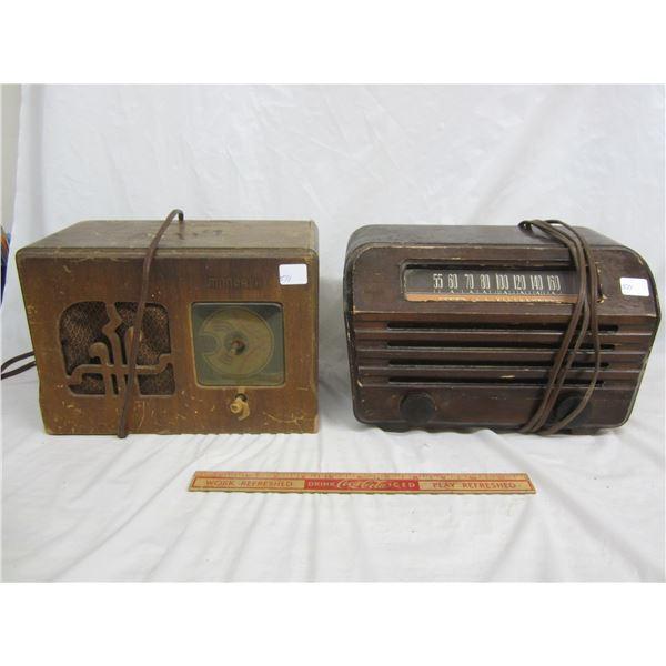2 Radios 1 RCA and 1 Monarch
