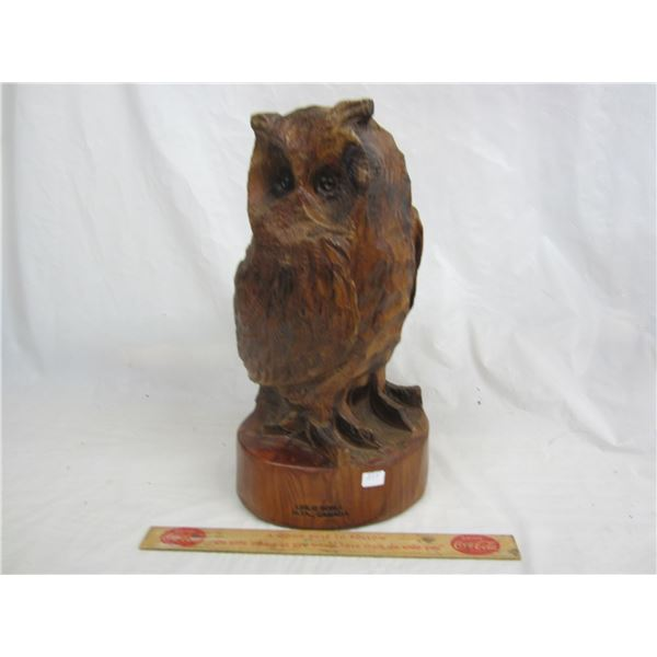 Large Carved Owl 14 inches high Leslie Borle Alberta Canada