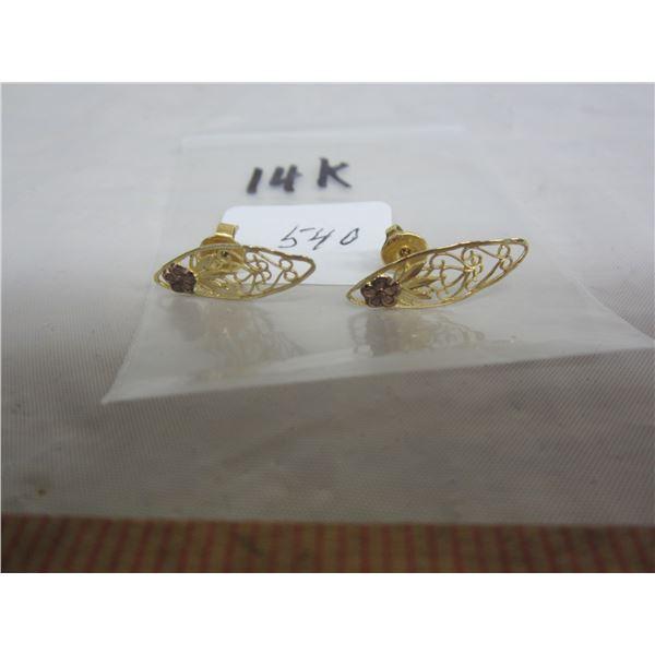 14kt Pair of Ear Rings