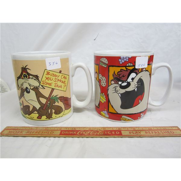 2 Warner Brothers Mugs