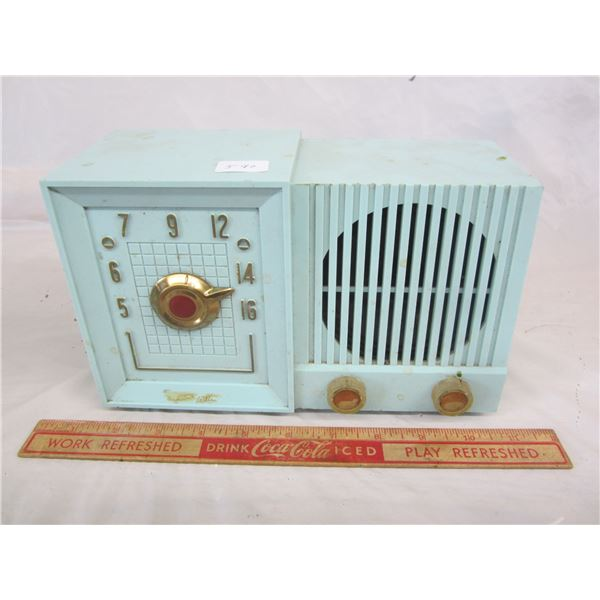 Blue Tom Thumb Radio