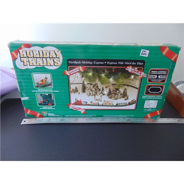 VINTAGE BATTERY OPERATED HOLIDAY TRAIN
