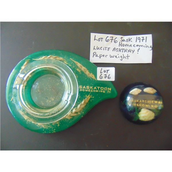 676 HOMECOMING Saskatchewan1971 LUCITE ASHTRAY AND PAPERWEIGHT