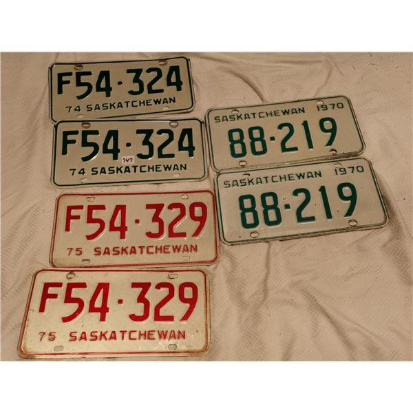 3 pairs plates - 1970, 74, 75