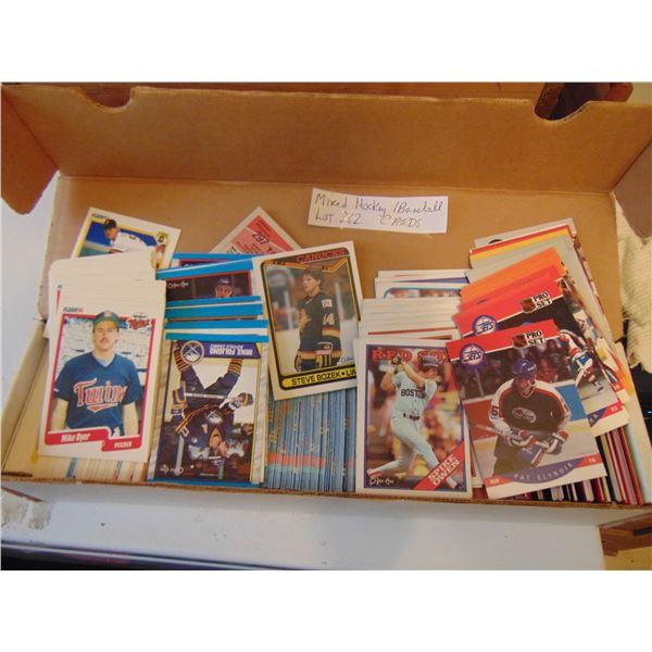 882 MIXED HOCKEY & BASEBALL CARDS