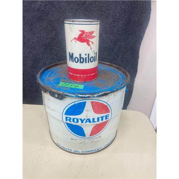 25 lb Royalite grease pail & 1 quart Mobil oil tin