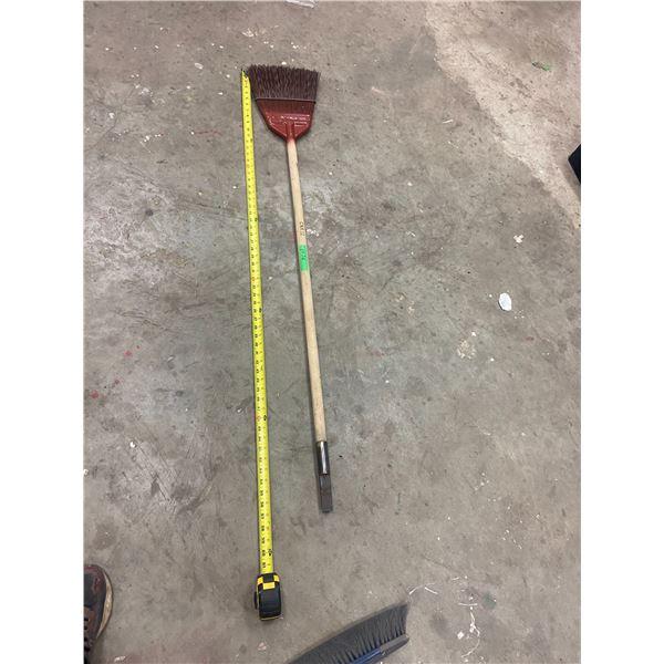 CNR scraper/broom NOS CNR 92 Fuller, Made in Canada