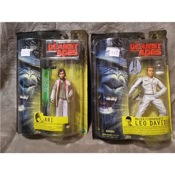 2 planet of the apes figurines