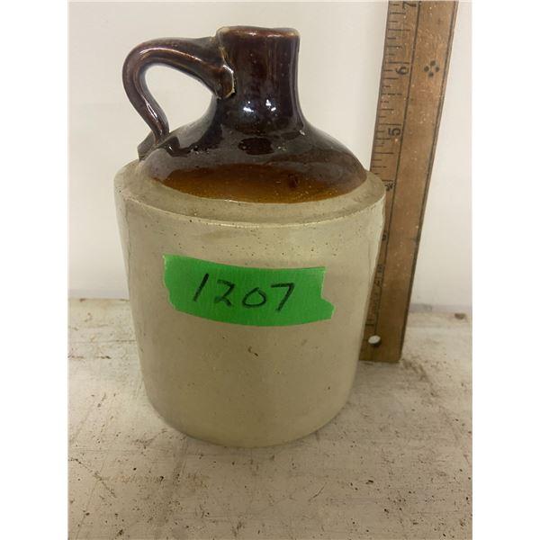 1/4 Gallon whiskey jug no chips or cracks