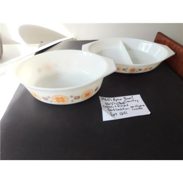 PYREX TOWN & COUNTRY 1960'S DIVIDED AND CASEROLE DISH