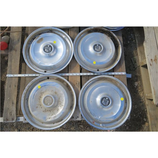 4 Matching Hubcaps