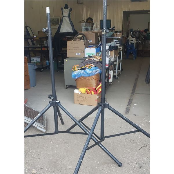 large tall wide based speaker stands commercial heavy duty  sound system parts