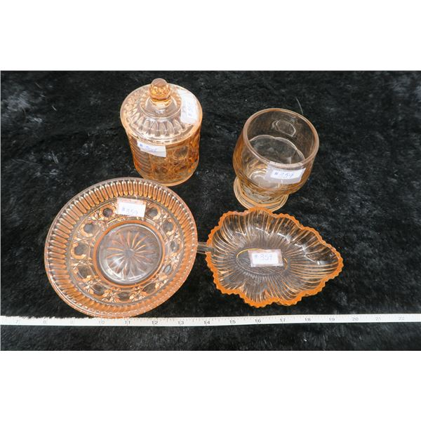 Lot of pink depression glass pieces (5)