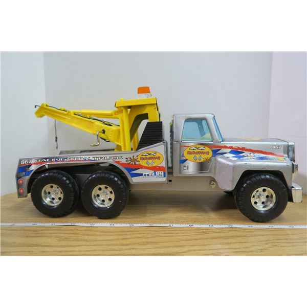 Metal and Plastic Tow Truck