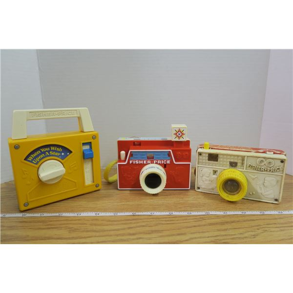 2 Vintage Fisher Price Cameras +1 Wish upon a Star in working condition