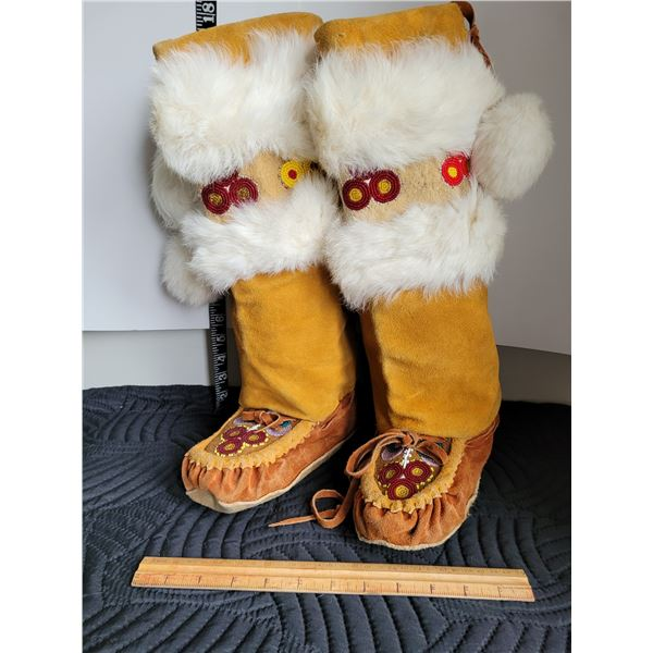 Moose hyde, beaded mukluks. Size appox. Ladies 7-9