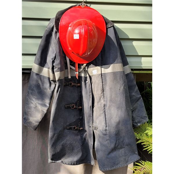 Chiefton fireman coat size 44 plus helmet.