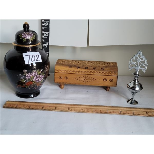 Vintage traditional Kohl pot powder eyeliner from India. Wood engraved trinket box & small urn (made