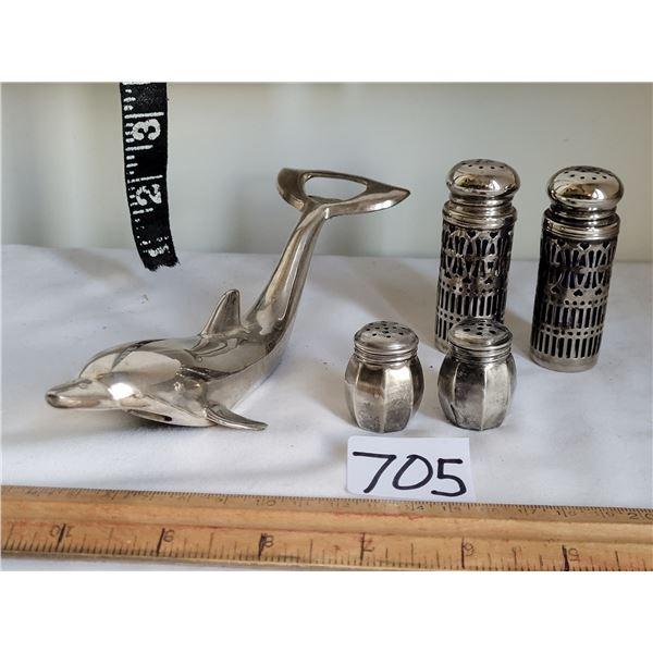 Vintage sterling silver mini salt & pepper shakers, UK silver plate & cobalt blue shakers. Silver pl