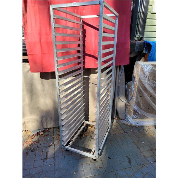 Rolling rack, tray holder. 24 slides.