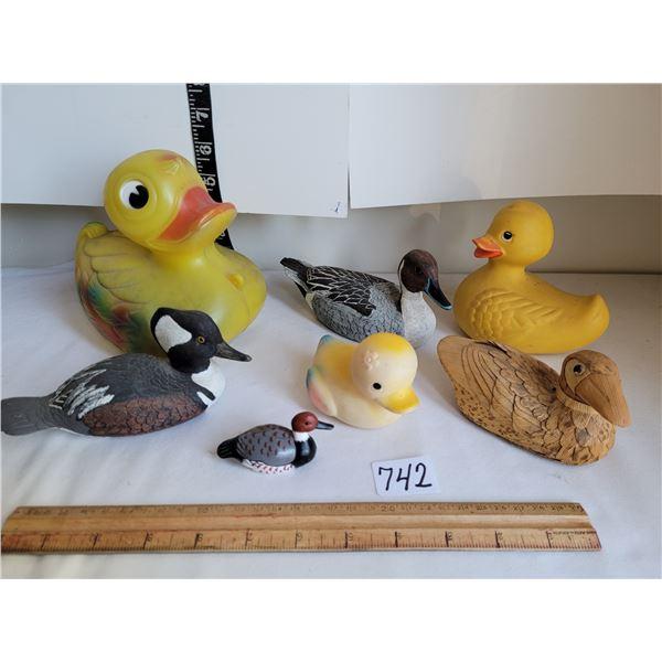"""Vintage Ducks. Lg. duck (Regal),1 fibre, 3 heavy plastic, 2 rubber. 1977 """"Knicker Bocker toy Co."""" Ru"""