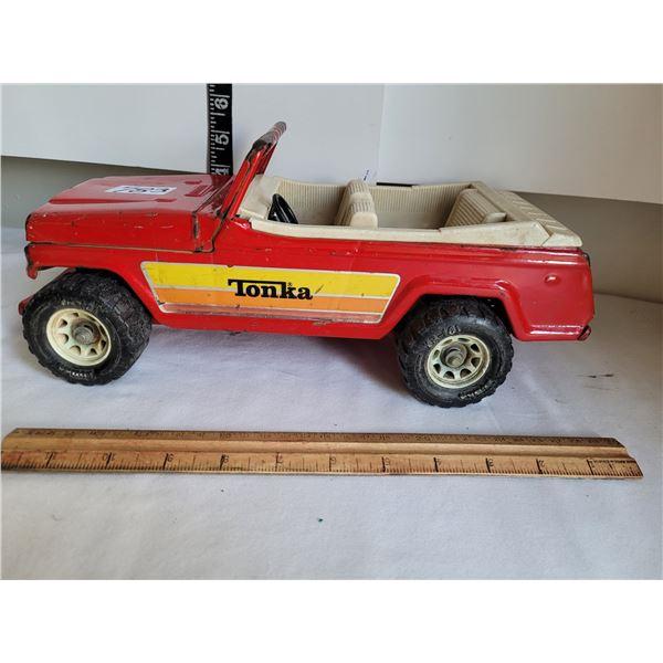 Vintage 1770's metal Tonka Jeep.