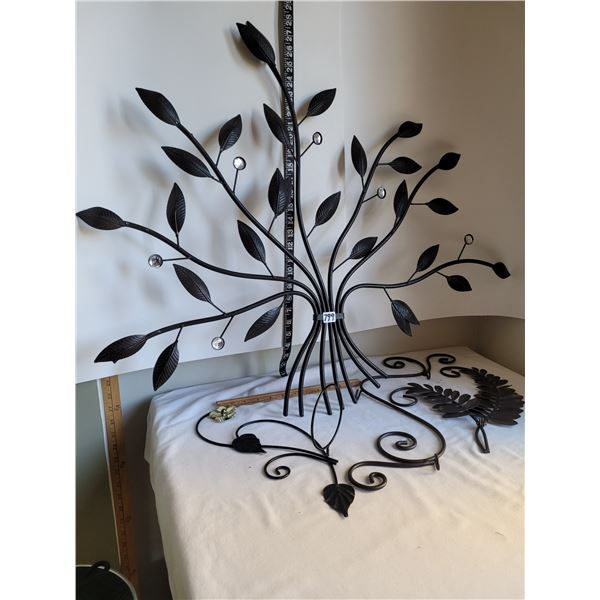 Metal art tree, leaves wall decor. Vintage wall flower pot holder.