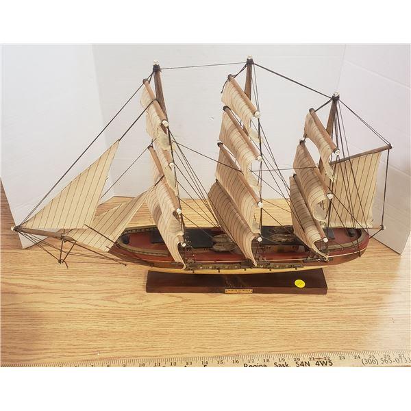 "vintge Model ship Fragata Espanola 1780 26""Wx18""H"