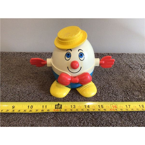 Vintage Fisher Price Humpty Dumpty pull toy #739, 1971's