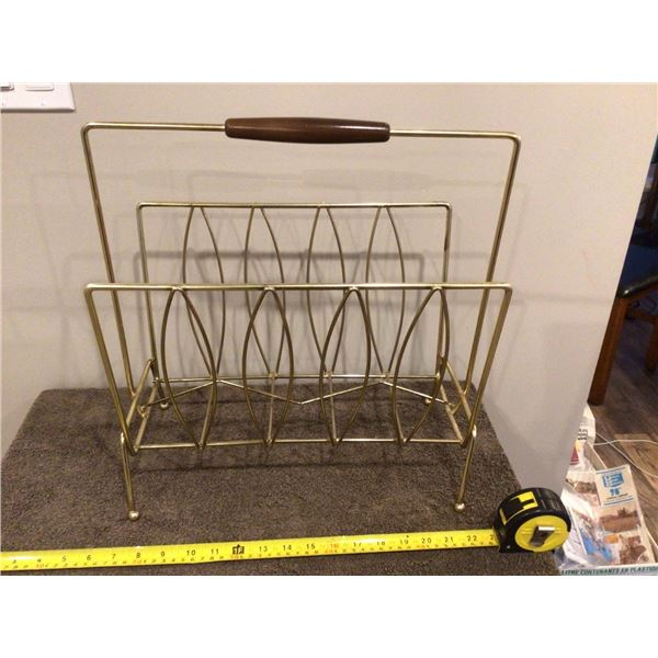 "Vintage magazine rack, gold wire Mid-century.  Wood handle.  16"" high"