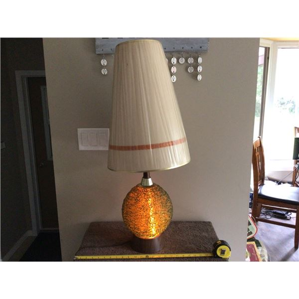 """Vintage mid century table lamp with shade, spaghetti lucite base lights up.  Lamp 24"""" tall. shade 19"""