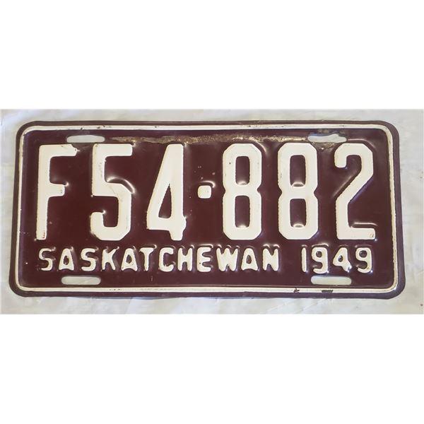 Saskatchewan license plate 1949 F54-882