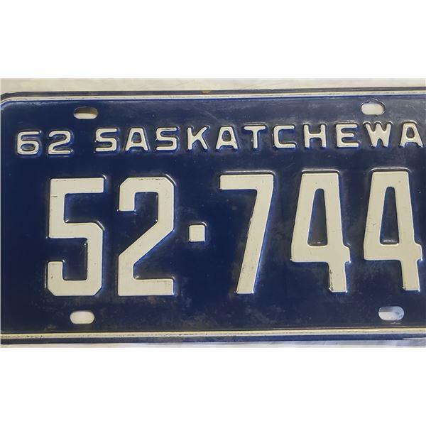 Saskatchewan license plate 1962 52-744