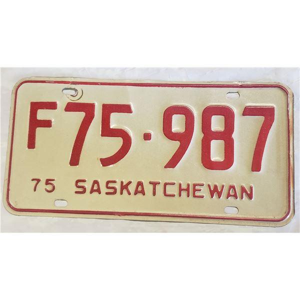 Saskatchewan license plate 1975 F75-987