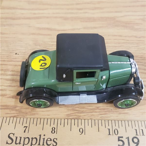 1/32 Scale Die Cast 1926 Chevrolet