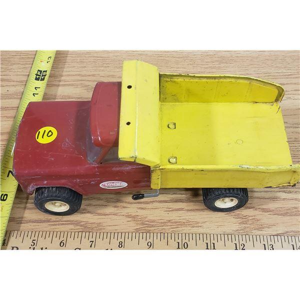 Vintage Jeep Tonka Dump Truck