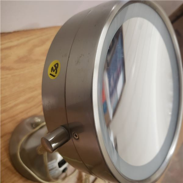 Electric Light-Up Vanity Mirror