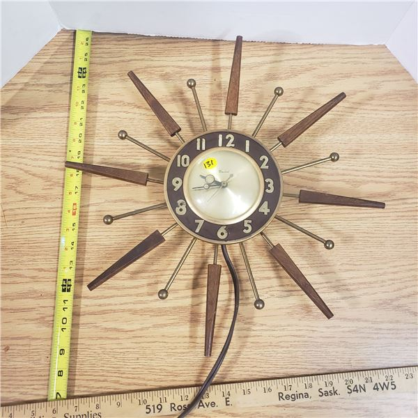 Vintage Electric Stardust Clock (works)