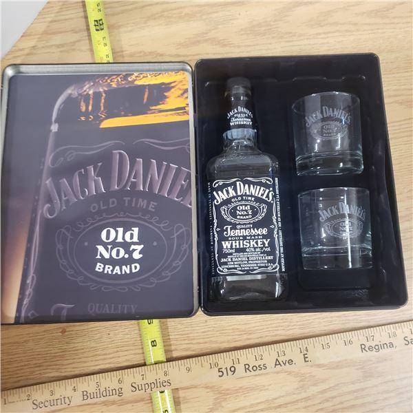 Jack Daniels Glass Bottle Set