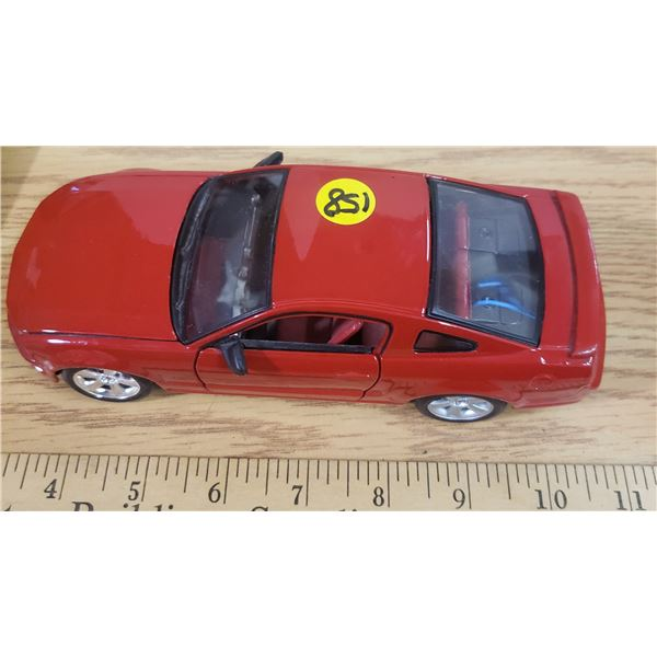 1/24 Scale Die Cast 2006 Ford Mustang