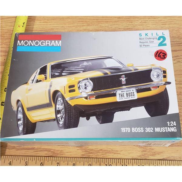 1970 Boss 302 Mustang Model Kit 1:24
