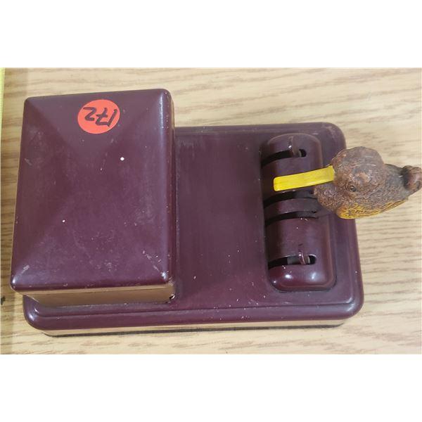 Vintage Bird Grabber Cigarette Case
