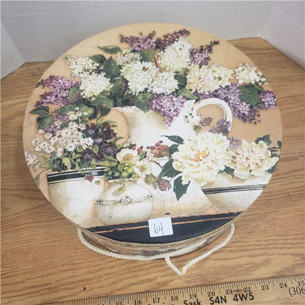 Victorian style hat box