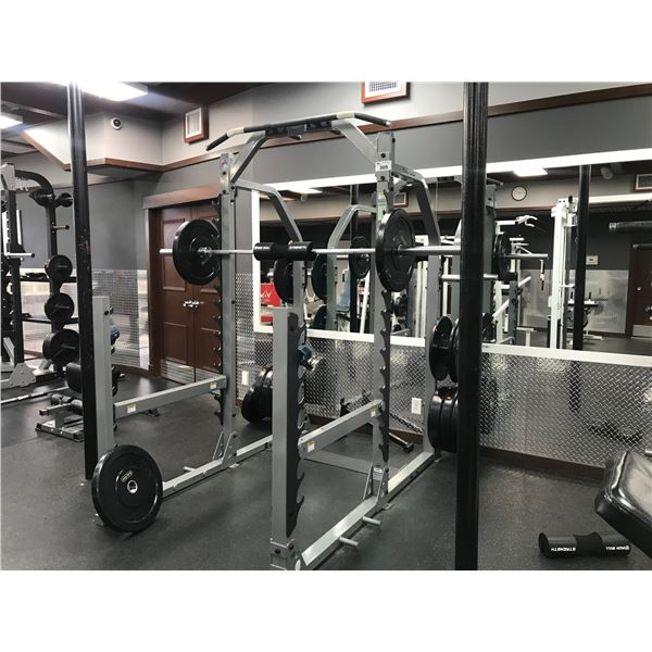 BODY-SOLID WEIGHT TRAINING STATION (APPROX 500LBS OF WEIGHTS 16 PCS)