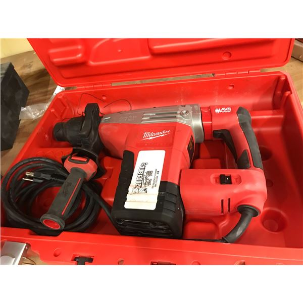 """MILWAUKEE ROTARY HAMMER MODEL SDS MAX 1 3/4"""" WITH CARRY CASE"""